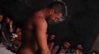 Scene incredibile intr-un club din Craiova! O tanara i-a facut sex oral unui stripper in vazul tuturor!