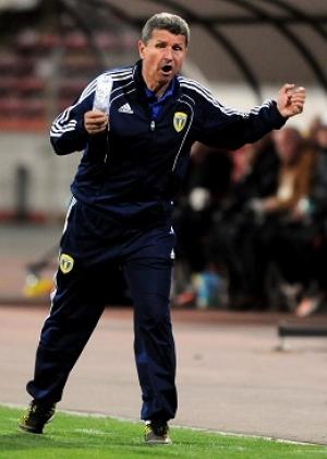 Gigi Mulțescu este antrenorul Petrolului