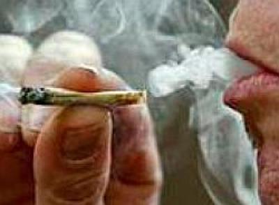 Traficanţi de cocaină şi haşiş, prinşi în flagrant în Prahova