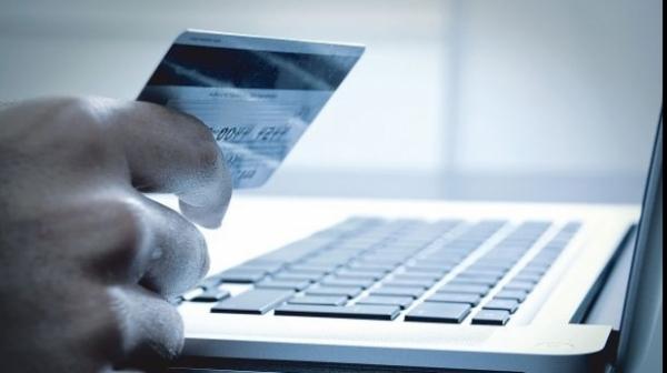 Cum îi controlează Fiscul pe cei cu afaceri online