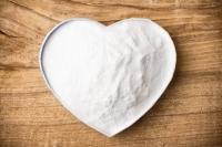 7 moduri în care bicarbonatul de sodiu te face mai frumoasă