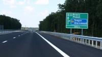 ALERTĂ pentru ŞOFERI! Circulaţia rutieră pe AUTOSTRADA A3 este îngreunată din cauza vântului puternic