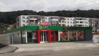 INEDIT: Profi a deschis primul supermarket mobil