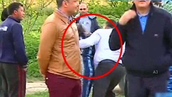 """o batrana a fost agresata de """"gorilele"""" Elenei Udrea, in timpul vizitei la Nana"""