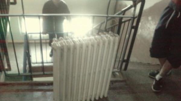 Cel mai puternic hot din Prahova! A furat singur cinci calorifere din fonta