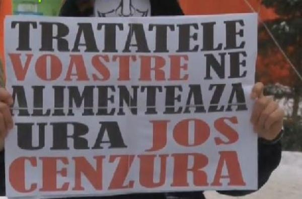 Mitingul ACTA Ploiesti, inca o rusine specifica orasului: 1.000 de inscrisi, 38 de participanti.