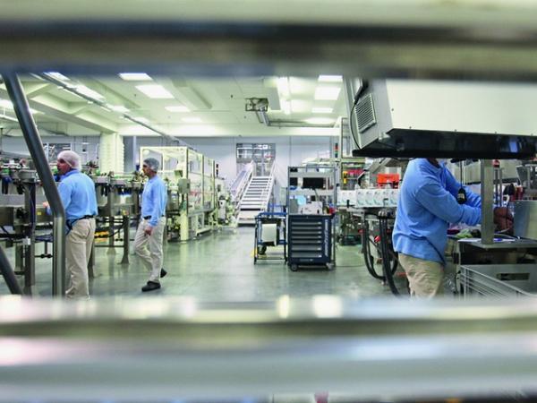 P&G a cumpărat terenul unde se află fabrica din Urlaţi şi analizează noi investiţii