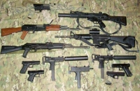 Perchezitii in Prahova la persoane suspectate ca detin, ilegal, arme