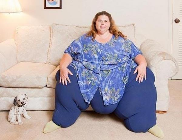 INCREDIBIL! A fost CEA MAI GRASA femeie din lume insa a slabit 45 de kilograme facand SEX! Vezi cum arata acum