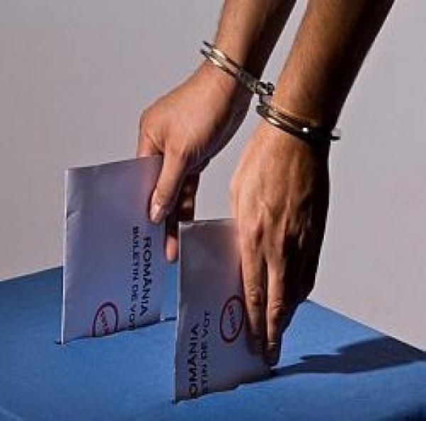 Nu fi prost, votul ilegal se pedepseşte cu amenzi şi închisoare