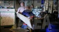 Un român doarme de 7 ani în coşciug şi vrea să-şi schimbe numele în Strigoi. Vezi explicaţia halucinantă