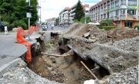 Dezastru in Campina! 14 strazi au fost sparte, iar in 5 luni s-au finalizat doar 60 de metri de canalizare!