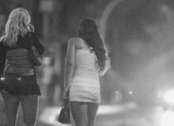 100 de prahovence, constrânse să se prostitueze în Spania