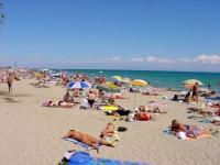 Bugetarii vor primi tichete de vacanţă cât şase salarii minime pe economie