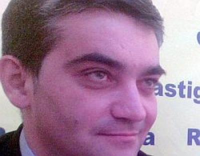 """Vlad Oprea: """"Nu sunt primarul-trădător, aşa cum scrie EVZ"""""""
