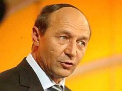 Exit-poll la ora 11.00: Basescu preia conducerea in Prahova