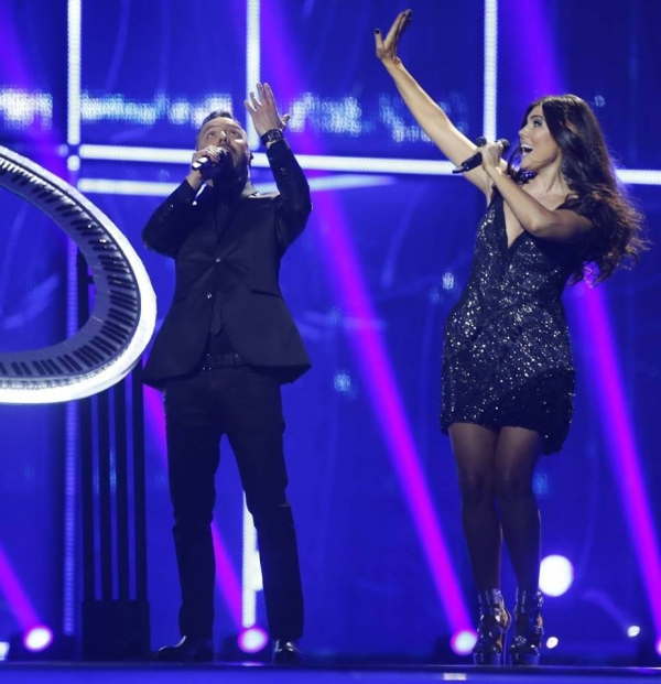 Paula Seling şi Ovi S-AU CALIFICAT ÎN FINALA EUROVISION!   CUM AU CÂNTAT
