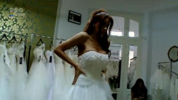 Bianca Drăguşanu a fost cerută în căsătorie vineri noapte
