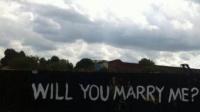 Cererea în căsătorie care face înconjurul globului FOTO