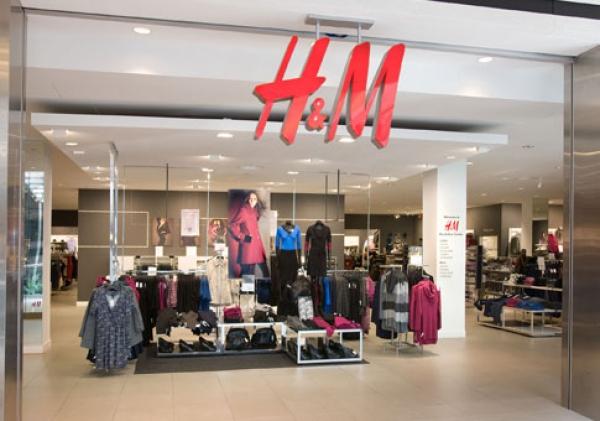 Cumperi HAINE de la H&M? E posibil sa te intereseze ASTA