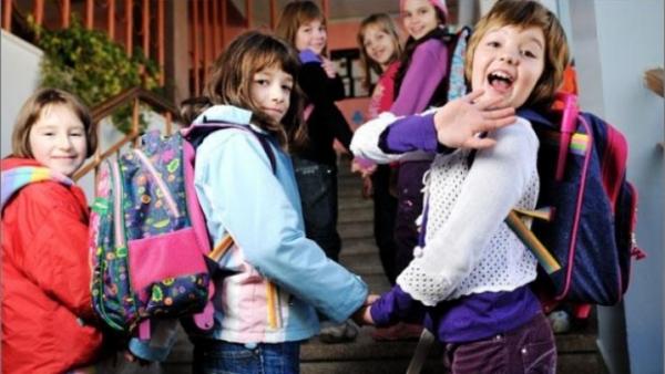 Elevii şi preşcolarii intră în vacanţă. CALENDAR VACANŢE şi EXAMENE 2014
