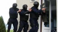 Prahova: Grupare infractionala, destructurata! Politistii au descins la domiciliile unor persoane suspectate de furturi din locuinte si sedii de firma