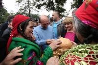 Basescu, declaratie incredibila: Clanurile tiganilor au protectie politica