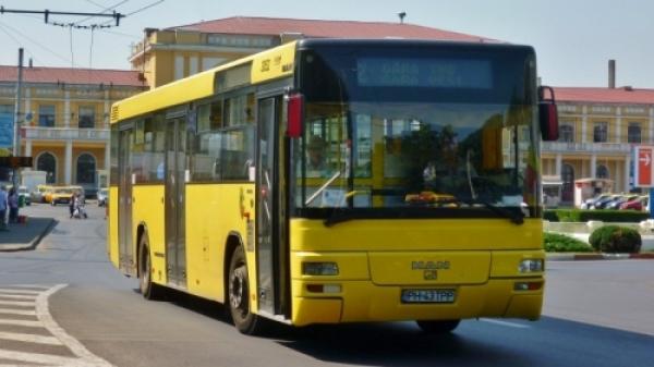 Doi şoferi de autobuz din Ploieşti, prinşi BEŢI la volan în timpul serviciului VIDEO