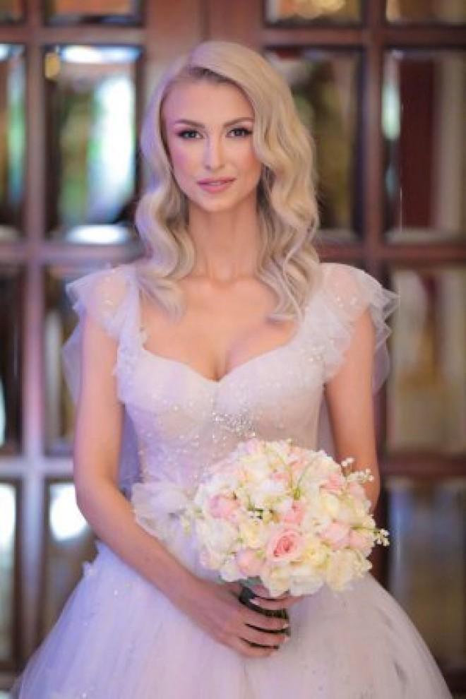 Incredibil. Ce sumă a strâns Andreea Bălan la nuntă. Te-ai fi așteptat la asta?