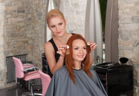 Cristi Pascu ne spune cum să ne vopsim părul toamna aceasta pentru a fi la modă