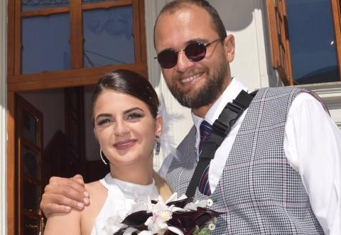 ULTIMA ORA: Oreste Teodorescu a devenit bunic la 43 de ani! Sabina, fiica lui, a născut un băieţel! Vezi prima fotografie cu micuţul Igor!