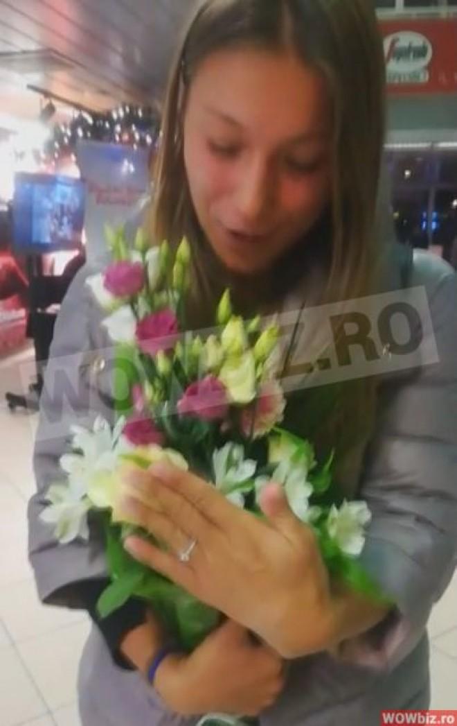 Monica Roşu a primit inelul de logodnă la Madrid! Cum a fost cerută de soţie după eliminarea de la Exatlon VIDEO \