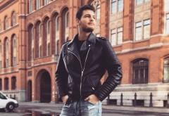 """Bomba începutului de an! Răzvan Botezatu mărturisește în premieră: """"Sunt gay! Și ce dacă?""""!"""