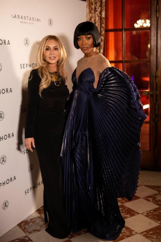 Anastasia Soare, sărbătorită de Naomi Campbell la Ambasada României de la Paris