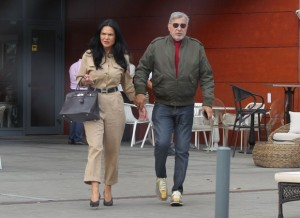 Soția lui Ilie Năstase a devenit regina luxului! Mercedes nou și ținută de 10.000 de euro