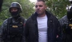 Acest tanar din Timisoara a fost ridicat de politie din cauza pozelor cu fosta iubita puse pe Facebook. In ce ipostaza a fotografiat-o