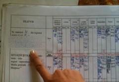 Soluția incredibilă (și ilegală) găsită de un elev din Dâmbovița pentru a avea note mai bune