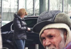 "Cati bani i-a oferit Maria Basescu unui cersetor. Reactia omului strazii: ""Ea era? Si atat mi-a dat?"""