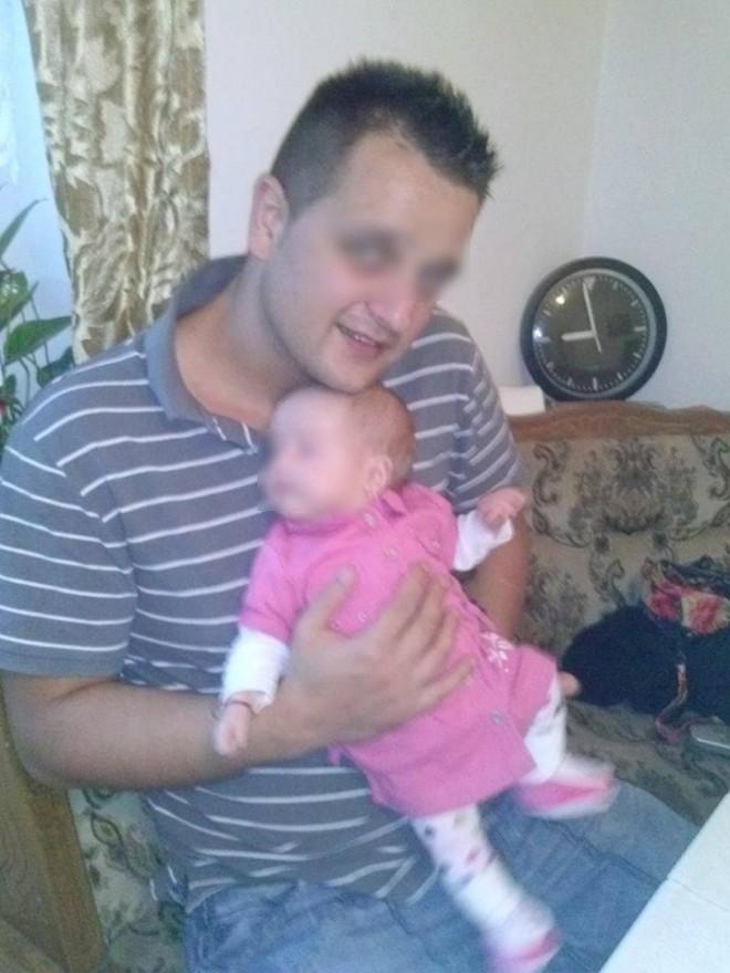 MONSTRU deghizat în tată! Şi-a batjocorit fetița de nici doi ani | FOTO E incredibil ce a făcut acest OM