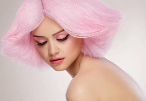 Ce culoare de păr ţi se potriveşte. Testul care îţi spune tot