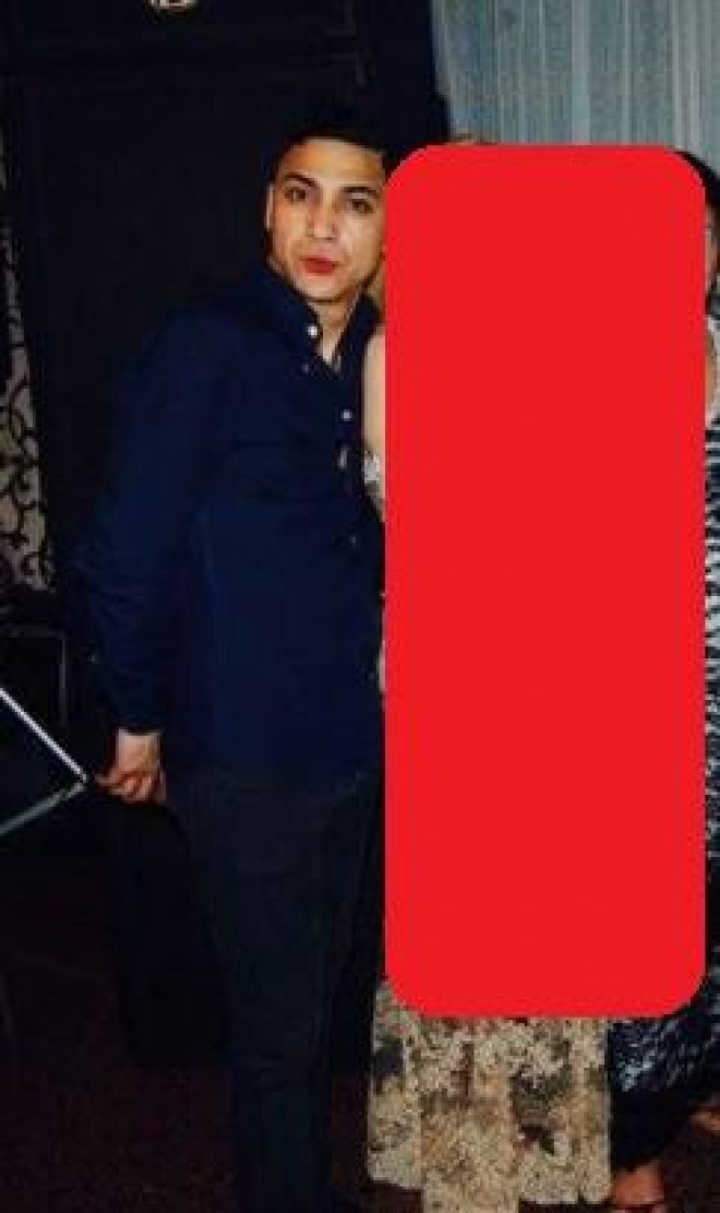 Babi Minune s-a cuplat cu o blonda WOW! Tipa seamana perfect cu Roxana Nemes? Nu crezi? Intra aici sa vezi pozele!