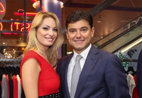 Ştirea momentului este despre Valentina Pelinel şi Cristian Boureanu!  E OFICIAL! S-a întâmplat ceea ce mulţi bănuiau