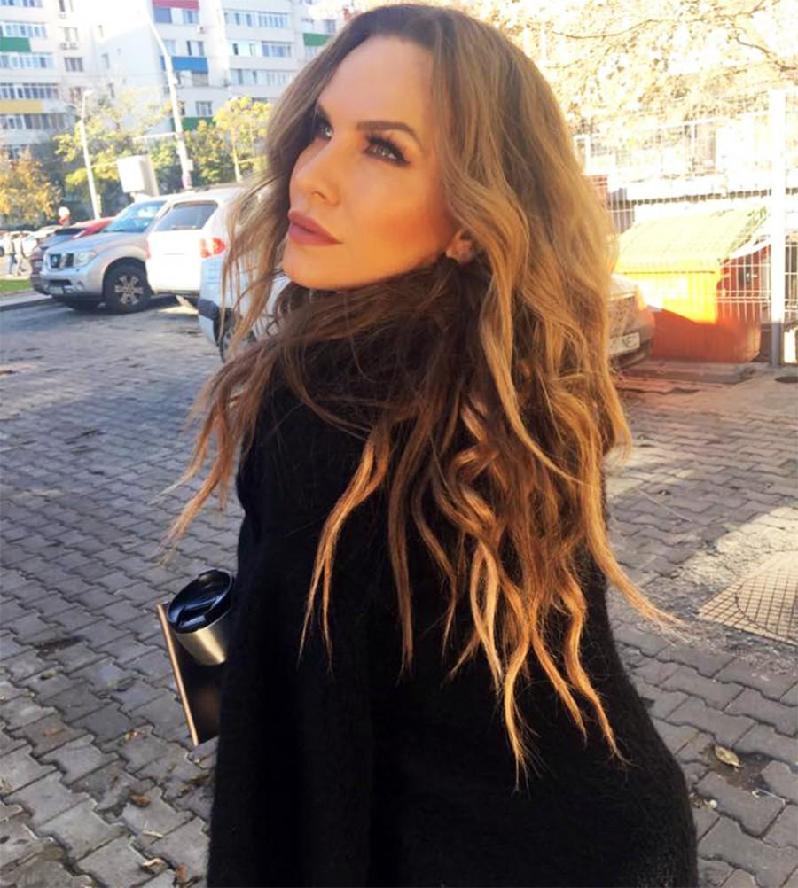 Anna Lesko feat. Vova - Down Down (Habibi) (Official Video ...  |Anna Lesko