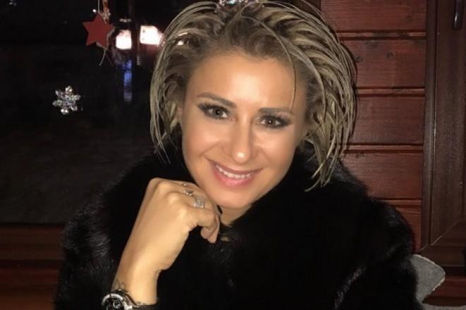 """Pe Anamaria Prodan o ştie o ţară întreagă, dar uite cum arată sora ei: """"Ce frumuseţe!"""""""