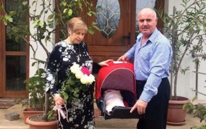 Minunea de Paşte din familia unui tânăr mort la Colectiv! Sotii Marcela si Dorin Buca au devenit din nou parinti la 52 de ani! Femeia a nascut o fetita perfect sanatoasa