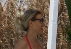 Cristina Rus e din nou gravida? Avem primele imagini din aceasta vara cu cantareata la plaja! Arata impecabil si isi mangaie burtica dragastos VIDEO EXCLUSIV