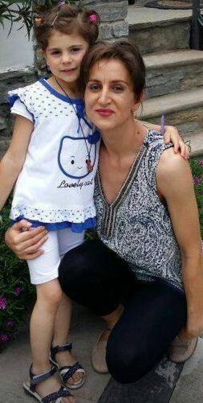 Inainte sa-si omoare fiica si sa se sinucida, Alina Olaru a publicat pe Facebook o fotografie cu micuta. Mesajul halucinant scris in dreptul imaginii! Oamenii au ramas socati
