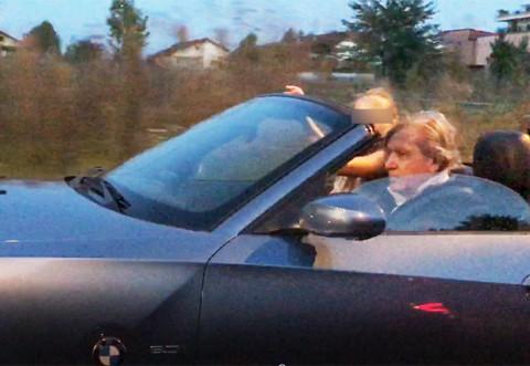 Mega-fentă la 71 de ani. Ilie Năstase are lipici la puştoaice! Şi-a decapotat BMW-ul şi…