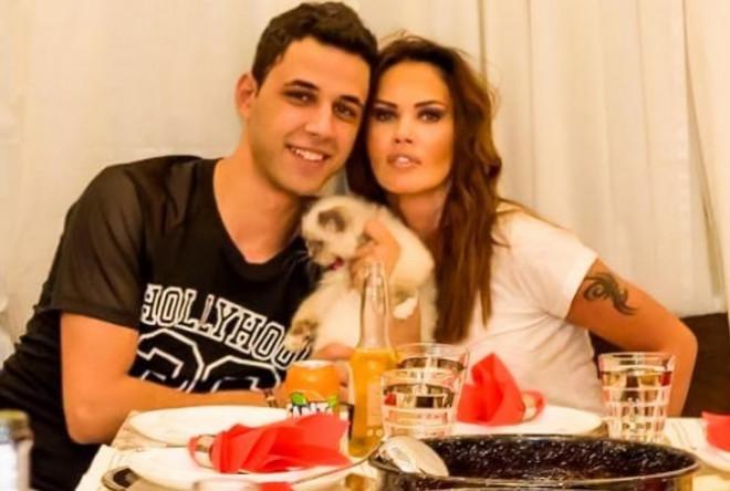 """Oana Zăvoranu şi-a bătut soţul cu pantoful şi l-a dat afară din casă: """"Am chemat poliţia!"""""""