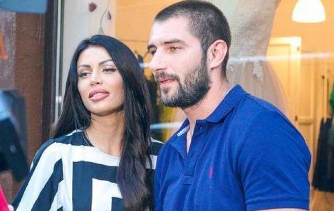 """Catalin Cazacu i-a dat papucii Anei Roman, la TV! Ce ii transmite fostei, dupa ce a recunoscut apropierea de Claudia Pavel: """"Nu am cui sa-i dau explicatii acasa. Ce s-a intamplat aici... """""""